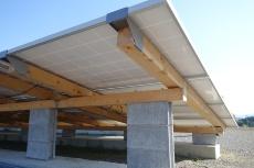 主に兵庫県産のひのき材を使った木製架台
