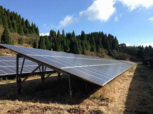 図2●SunEdison製の太陽光パネル