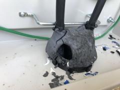 図1●ネズミが活動拠点にしていたとみられる接続箱