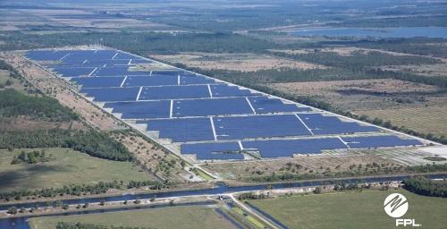 図1●世界最大規模の電力貯蔵システムが併設されるFPLのメガソーラー