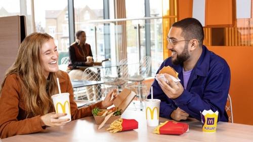 図1●世界最大の外食チェーンを展開するマクドナルドも再エネ調達拡大(出所:McDonald)