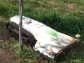 基礎やフェンスの際、雑木や竹まで刈れる、電動ならではの多機能草刈機