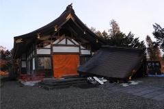 図13●地震で損壊した早来神社
