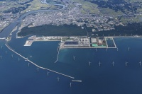 能代港洋上風力発電所の完成予想図