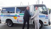 ユーグレナのバイオディーゼル燃料を導入する鈴与商事の宅配水配送車両