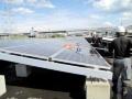 稼働して約6年、発電量が増える滋賀の「舗装メガソーラー」