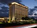 発光によるカラス対策の効果は? 琵琶湖のリゾートホテルのメガソーラー