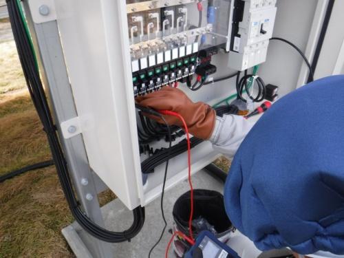 図2●接続箱内の入力端子を通じて、発電に異常が生じているストリングを特定