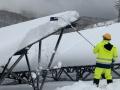 除雪すべきは地面より「パネルの上」、冬の発電量を増やす新・運用手法