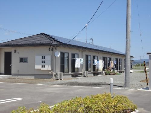 図14●集合住宅(5戸)と屋根上太陽光(20kW)(出所:日経BP)