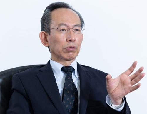 国立情報学研究所長・東京大学教授の喜連川 優氏。新型コロナウイルス感染症が拡大した2020年3月以来、国立情報学研究所が主催する「教育機関DXシンポ」でオンライン授業などのノウハウ共有に大きな役割を果たした