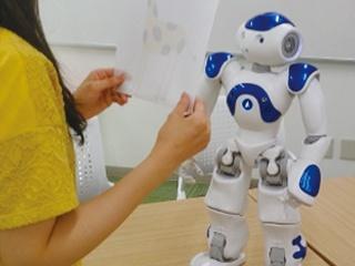 人型ロボットと画像認識AIによる授業など—— 2019 PC Conferenceの研究発表