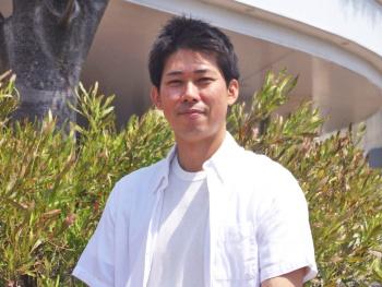 著者の伊藤 真(いとう まこと)氏。沖縄科学技術大学院大学で、動物の行動と脳活動を強化学習モデルで説明する研究活動を行った後、現在は民間企業でAIの産業利用に従事