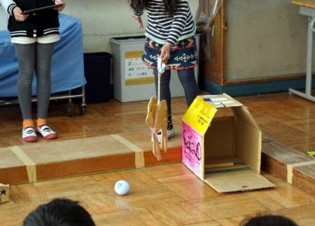 写真6●5年生市民科:ロボットを世の中の役に立てようの授業