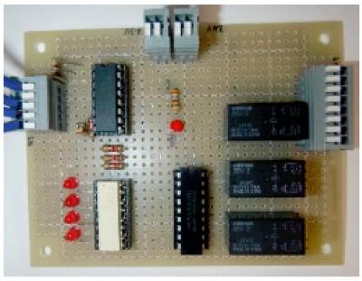 図4 出力信号インタフェース