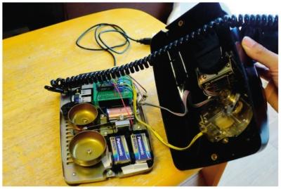 図2 黒電話の内部