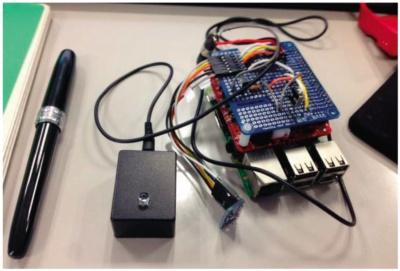 図1 赤外線リモコンを備えたラズパイにEnergy EyeとMCSの基板を接続