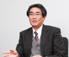 富士通クライアントコンピューティング 執行役員 開発本部長 仁川進 氏