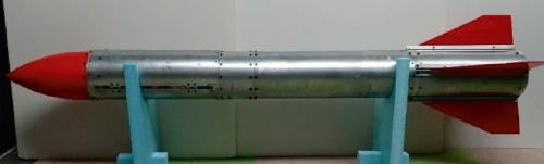 図3 全長1.5mのモデルロケット
