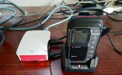 図3 音声出力を無線機に接続